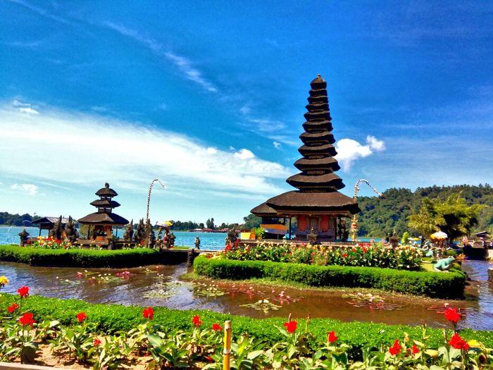Danau Bratan Bali Spirituality Religion Architecture Travel