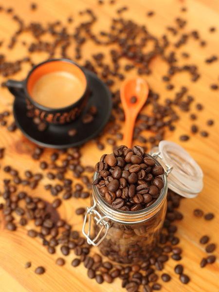 Café Coffee Coffee Time Kaffeetasse Cafe Cafe Time Coffee - Drink Coffee Bean Coffee Beans Drink Food And Drink Freshness Kaffee Kaffeebohne Kaffeebohnen Kaffeezeit Raw Coffee Bean Roasted Roasted Coffee Bean
