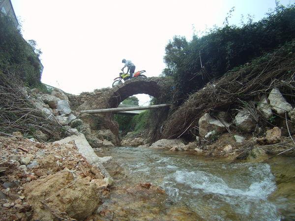 Adventure Autofoto Deruta Enduro Ktmlc640 Puentes Ríos