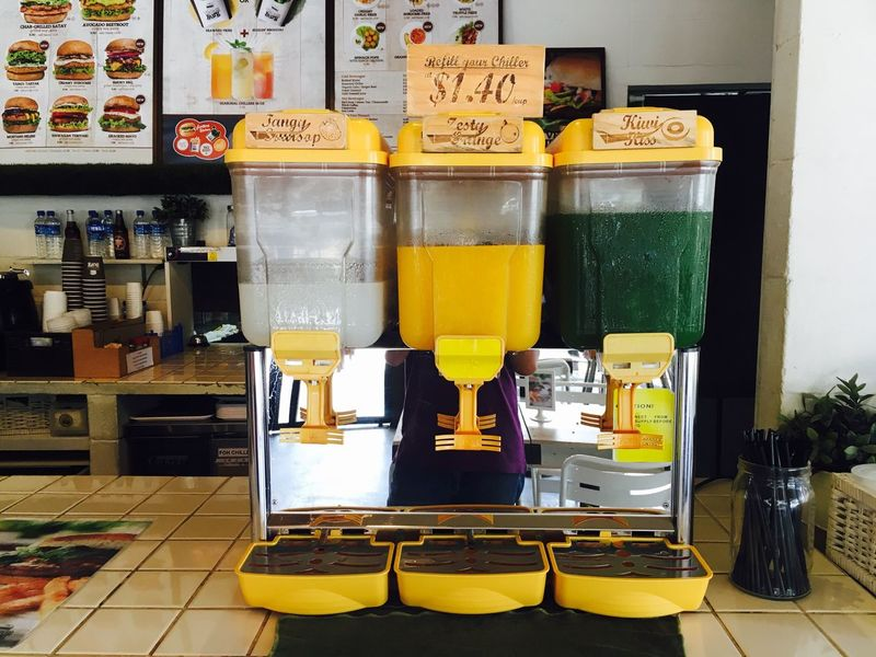Juice all you can Drink Food Vending Machine Fast Food Veganburger Singapore Eunos Orangejuice Juice Juices