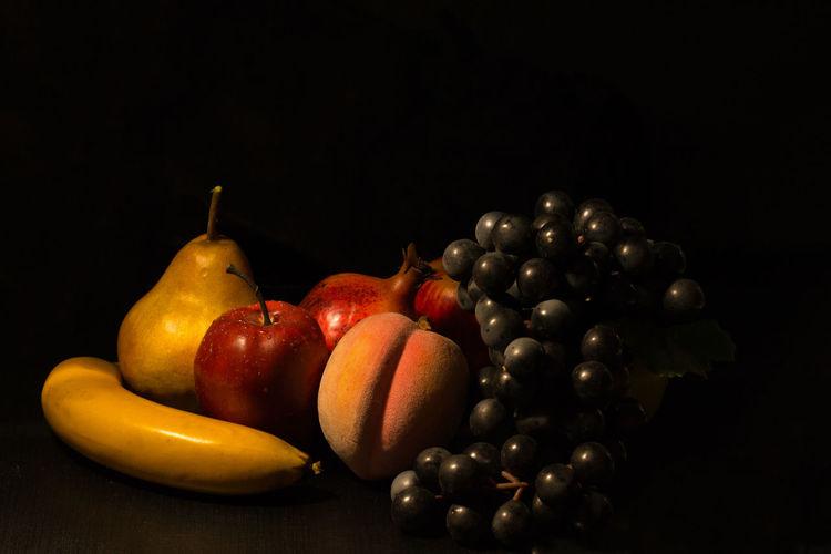 It's like Caravaggio Caravaggio Caravaggioexperience Dark Fruit Still Life Studio Shot Vintage Light