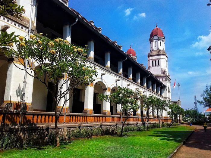 Semarang , Indonesia Kota Tua Heritage Building Stasiunkereta Gedung Tua Sejarahindonesia Wisatasemarang Wisataindonesia Lawang Sewu