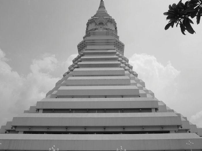 พระมหาเจดีย์มหารัชมงคล Wat Pak Num. Taking Photos Urban Sculpture Black And White Thailand_allshots EyeEm Thailand .