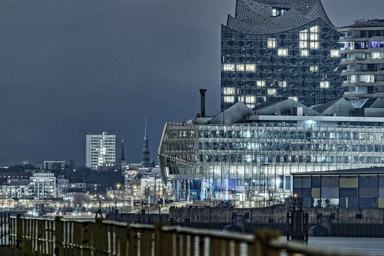 Cityscape Long Exposure Nightphotography Hamburg Hafencity Railing Elbphilharmony Nikonphotography Building Exterior Architecture Built Structure City Building Sky Illuminated Modern No People Night Nature Outdoors Office Office Building Exterior Industry Travel Destinations Reflection Residential District Cityscape Skyscraper