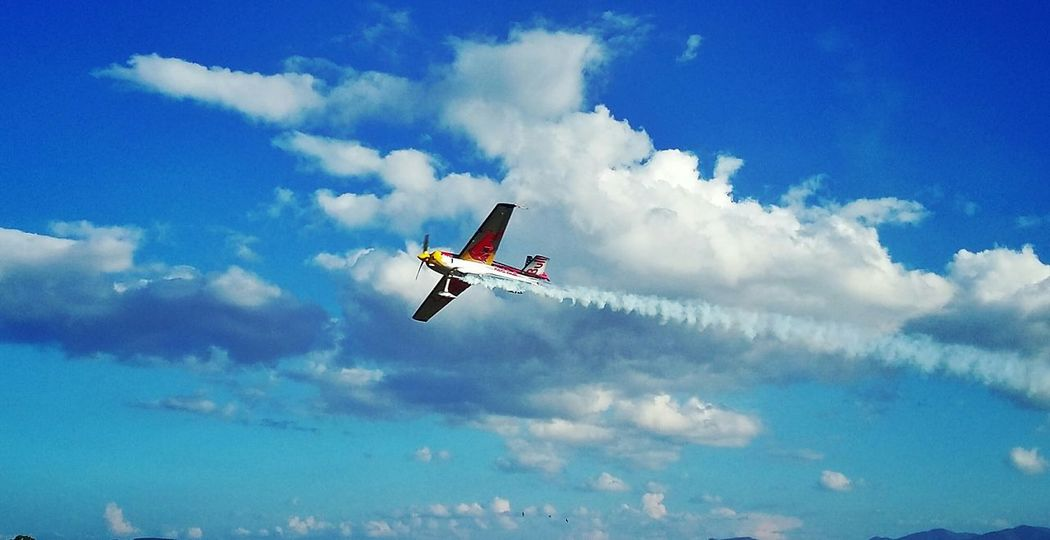 Aircraft Flying Sky Clouds Acrobacy Taking Photos Amazing View