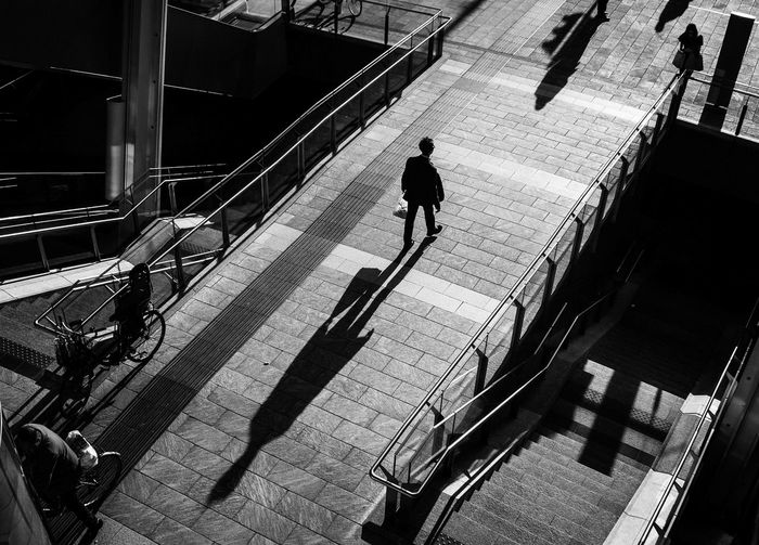 Black And White Blackandwhite Candid Candid Photography Shadow Shadows & Lights Street Fashion Streetphoto_bw Streetphotography Monochrome Photography