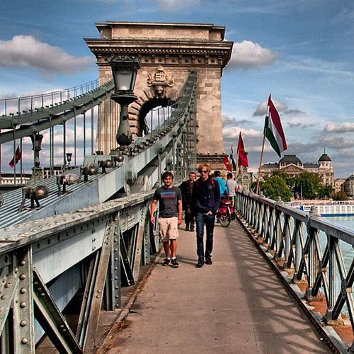 Budapest September Dunai Hungary brigeskyblue