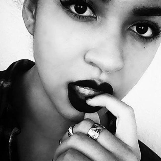 Black is the best 😍😏 😚 BlackLips Blacklipstick Mac Maccosmetics MacLipstick 😚 Darklips Darklipstickaddict Lipstickmatchingsoul Blackisbeautiful Blackisahappycolor Latina Halfcast Mulatta Wingeyeliner Blackeyes Blackandwhite Berlin Berlinstergram