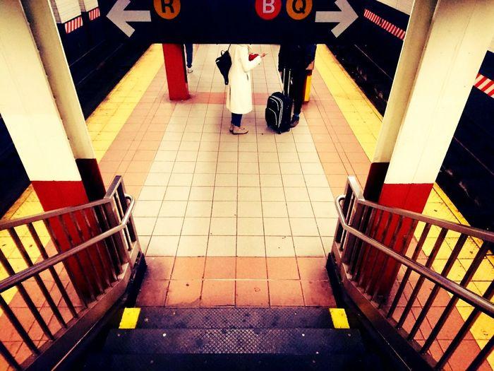 New York City Subway Style Street Photography Social Documentary Street Style People And Places Mobile Photography Couple Subway People Subway Station Subway Photography High Angle View Railing Week On Eyeem The Street Photographer - 2017 EyeEm Awards