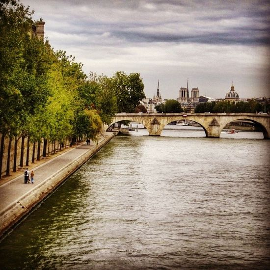 "Cloudy sky over Paris 6/6 - tomorrow upcoming a new série on the ""Marais Poitevin"" also called ""la Venise verte"". Good evening ☺ Best_photogram Igworldclub_team Igersfrance Splendid_shotz Igersparis Ig_france Igworldclub Wu_europe Streetphotographer Thebestphotographers Ic_wow World_specialist Allshots_ Globe_travel Stunning_shots Citybestpics Igs_photos Cs_reality Urm_feature Street_series Worldingram Screaming_shots Ilovethisplace Worldunion Ig_captures_city Ig_europe"
