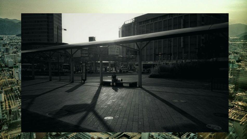 とあるファッション雑誌の広告を真似て、写真の上に写真をのせてみた。Cityscapes Mix Edit Street Photography Streetphotography Travel Photography EyeEm Best Edits at Shizuoka-shi, Japan.