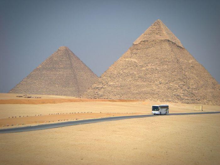 Pyramid of chephren at desert against sky