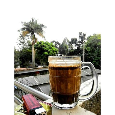 """ Susukopi dan Mimpi Pagi "" Kopisusu Kopitubruk Kretek Bogor INDONESIA Lenovotography Pocketphotography Photooftheday Traditional Cappuccino Coffeetime Morningstory Morningcoffee Coffee Lzybstrd Photostory"