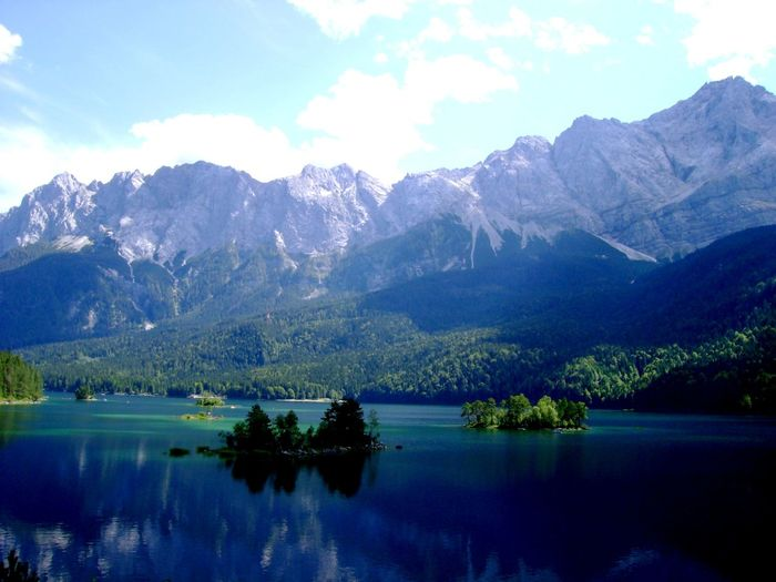 Beauty In Nature Day Idyllic Lake Majestic Mountain Mountain Range Nature No People Outdoors Reflection Tranquil Scene Tranquility Water