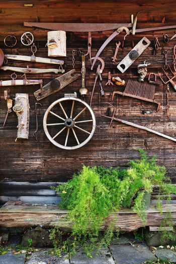 Old wooden architecture Wood - Material Old Wheel No People Transportation Architecture Wood Wall Old-fashioned Old Buildings Architecture Architecture_collection Architecturelovers Architecture And Art Rural Scene Rural Scenes Rural Architecture Vintage Vintage House Austria Architectural Feature Architectural Detail Exterior Design Design Rural Moods