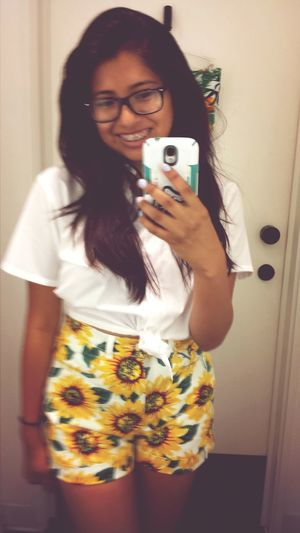 American Apparel AA Selfie Sunflowers Smile