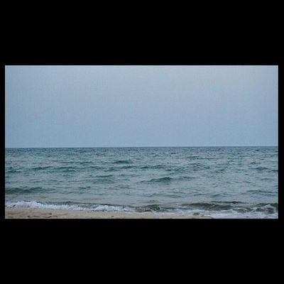 نفس الصورة السابقة بدقة افضل شاطئ الهافمون نصف القمر نصف_القمر كاميرا سوني الفا a57 الدمام الخبر بعدستي تصويري