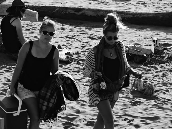 Friendship Front View Leisure Activity Looking At Camera Real People Togetherness Walking On Beach Young Women Beachphotography