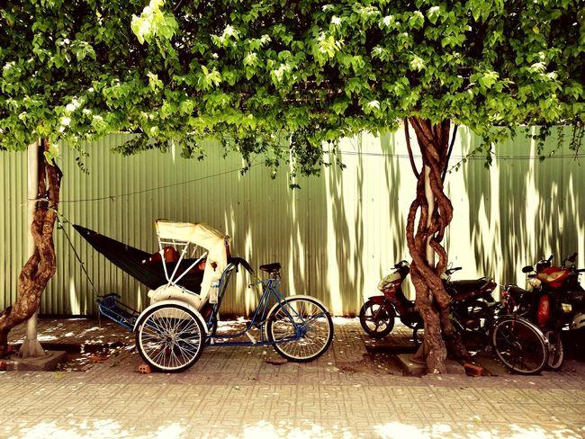 Vietnam Vintage VilaRica Road Sleeping Fiesta