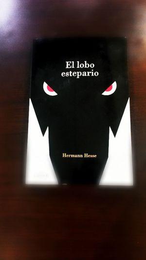 El Lobo Estepario Hermann Hesse un gran Libro muchas gracias muchas muchas gracias me Encanto