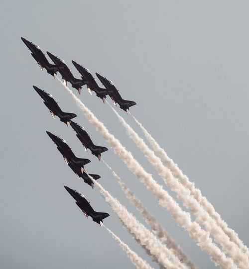Red Arrows Flying Cloud - Sky Airshow Airplane