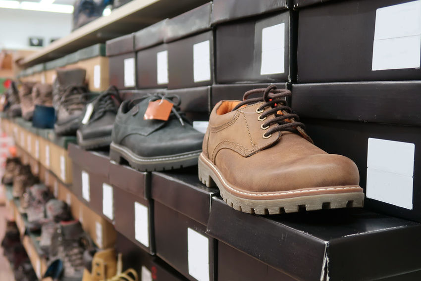 Men shoes in a store Box Leather Market Sale Shoes ♥ Stylish Close-up Collection Commerce Fashion Footwear In A Row Indoors  Leather Shoes Male Men Mensfashion Menstyle Retail  Shelf Shoe Shoes Storage Store Style