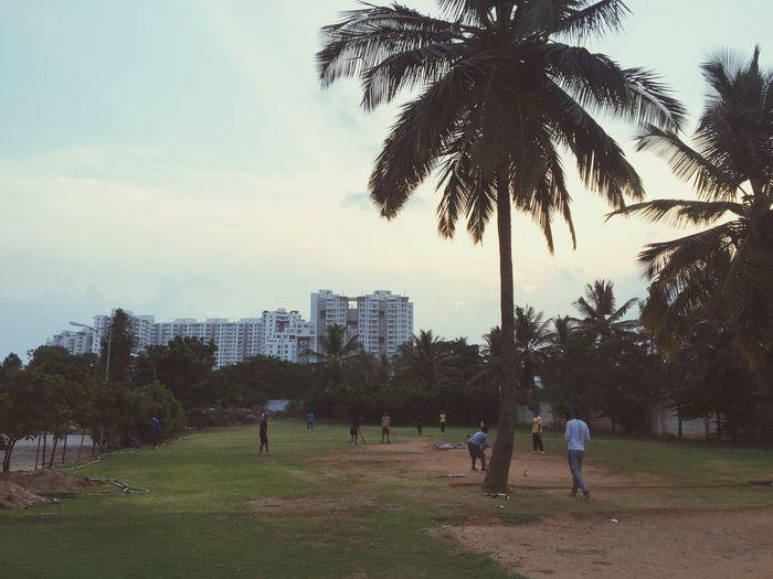 Bengaluru (aka Bangalore) is the capital of Karnatka . Indian IT hub . Home to RCB . Bangalore India Cricketcraze Sunset Rays Of Light Evening Sky Check This Out Hanging Out Taking Photos Enjoying Life Travelistic Travel Photography Next Destination
