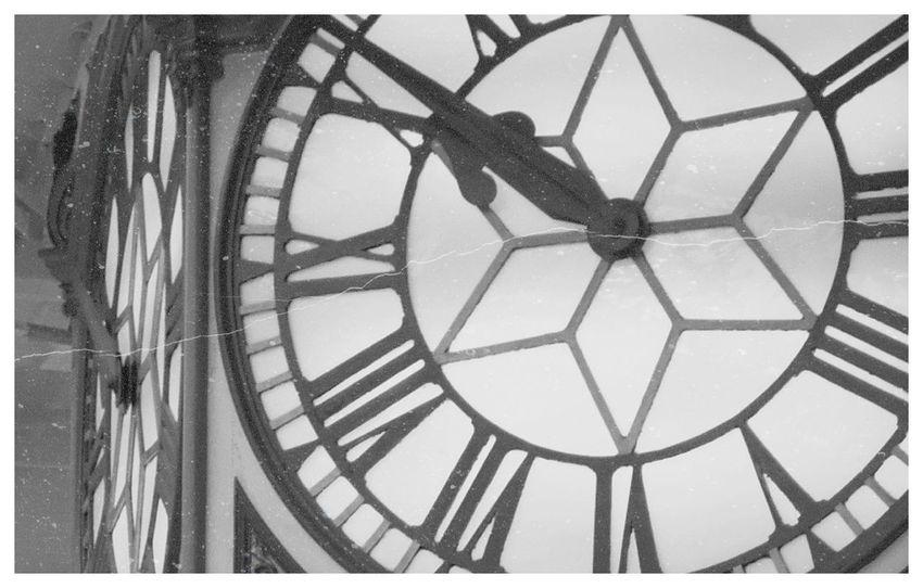 Station Clock Paddington Station Dirty Old Town