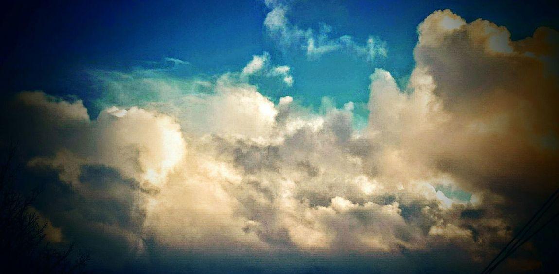 Beautiful Day Beautiful Sky EyeEm Nature Lover Sunnnyday Lovephotography  Good Morning