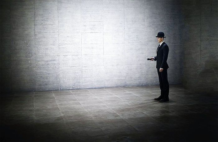 A Man Flashlight A Man With A Flashlight Space Eyeemphotography Model Model Pose Black Hat Black Suit