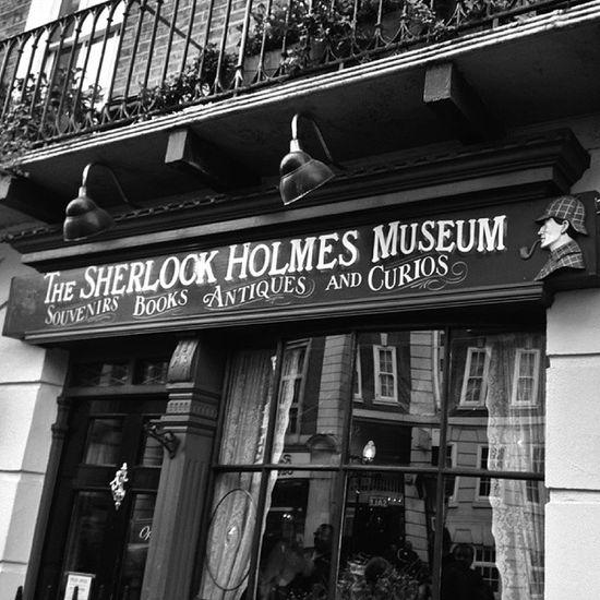 Baker street 221b Sherlock's home #london #londra #sherlockholmes #bakerstreet #tweegram #photooftheday #amazing #look #instalike #igers #picoftheday #instadaily #instafollow #like #iphoneonly #instagood #bestoftheday #instacool #instago #all_shots #follo Anıyakala Instago Look Tweegram Swag Instagood London Webstagram Amazing Instadaily Like Instalike Colorful Instacool Style Follow4follow Iphoneonly Instafollow Photooftheday Objektifimden Picoftheday Bakerstreet Londra Zamanidurdur All_shots Sherlockholmes Bestoftheday Mekanim Igers