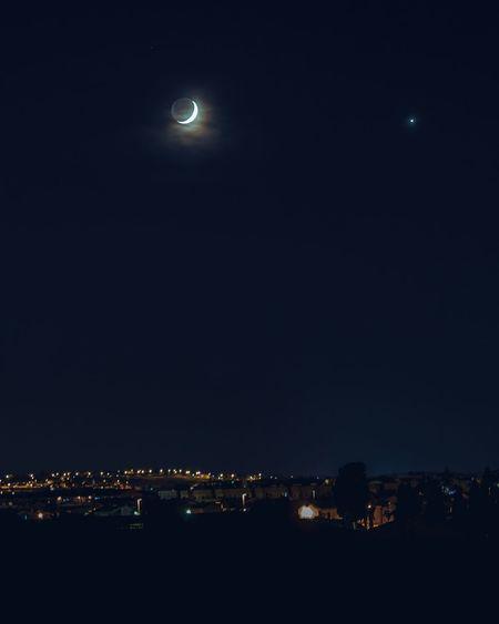 luna crescente.