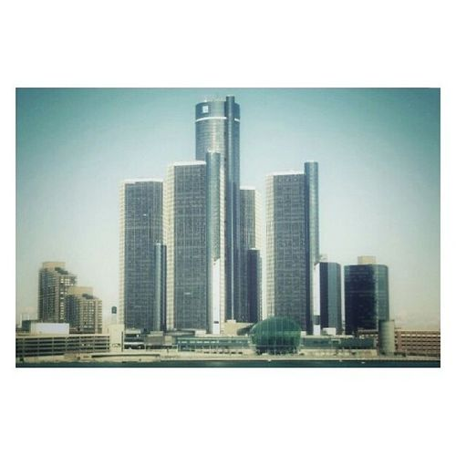 """""""Illegal entrepreneur - I got my grades there... Blaming society - mad...It wasn't made fair... I would be Ivy League if America played fair"""" RenCen Detroit 2007"""