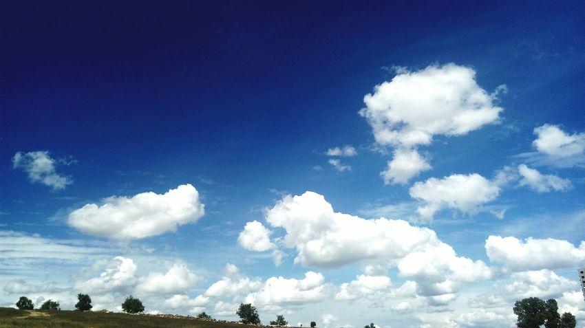 Benimrenklerim Mylife Nature Turkey Sky Myphotos Midyatsokagi Benimobjektifimden Benimkadrajim Camera Cool Goodday Thephotographers MyLifeMyWorldMyEverything Photoismylife Benimgözümden Thephotosociety ıamgsphotography Benimrenklihikayem Sunset #sun #clouds #skylovers #sky #nature #beautifulinnature #naturalbeauty #photography #landscape