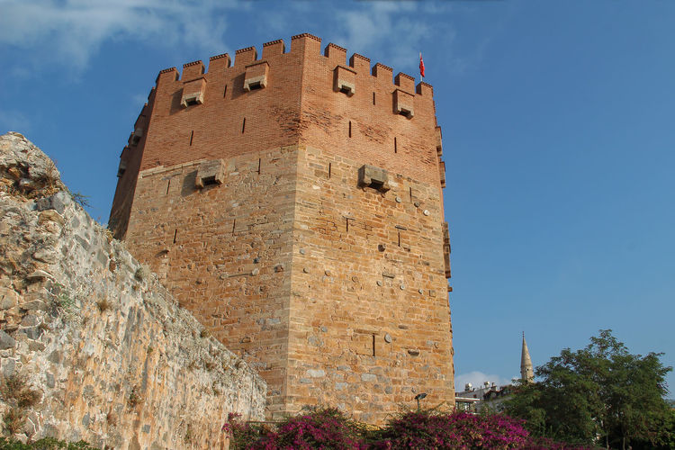 Architecture Built Structure The Past History Sky Low Angle View Building Exterior Nature Old Building Ancient Day Fort No People Fortified Wall Travel Sunlight Castle Tourism Wall Outdoors Stone Wall Ancient Civilization Sea Travel Alanya Turkey