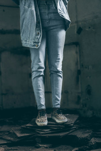 Young Adult Standing Human Body Part Indoors  Close-up Youth Culture Framing The Subject Abstract Photography The Week On EyeEm Fashion Canon Camera Africa Moody Casual Clothing EyeEm Market 2017 EyeEm Gallery Front View Low Section Fresh on Market 2017 Shoes Low Angle View Human Leg