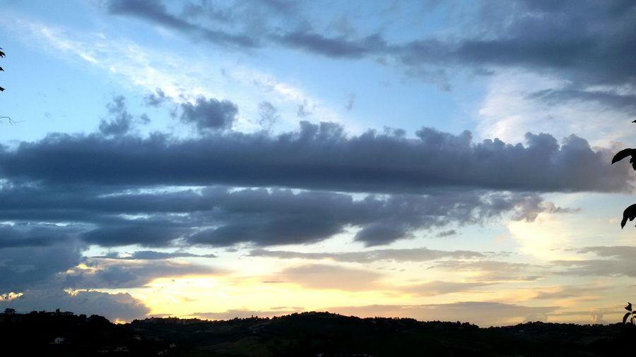 Tramonto Tramonto Bellissimo Tramontooggi Tramontoacolori Tramonto♡ Tramonti_italiani Sunset