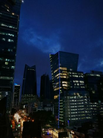 Panama At Nigth Panamá Night Building Exterior Night Photography Nightphotography Night View Tower Modern Sky City Architecture Panama507 City Places PanamaCity Cloud - Sky Panama City Panamanian RainyDay