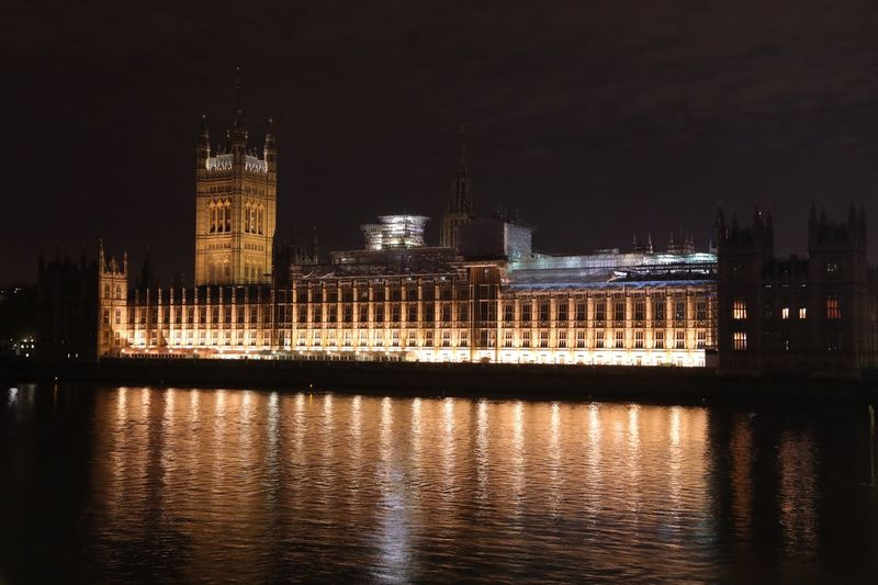 Parlament Architecture Illuminated Night Built Structure Travel Destinations Building Exterior Water Reflection Waterfront River Tourism Government No People Outdoors Clock Tower Sky City
