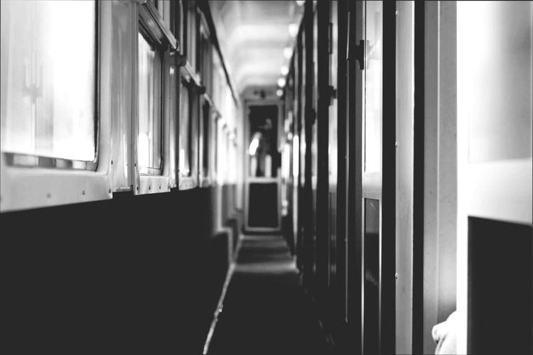 Photography Photographic Memory Photographer EyeemPhotos Lesphotographes Transportation Travel Destinations Blackandwhite Photoblackandwhite Train Wagon Train Blackandwhite Photography Black & White France Voyage Architecture Architecturephotography Inthetrain