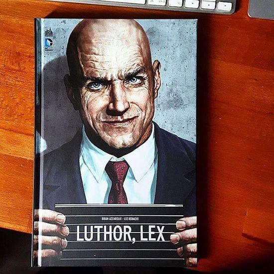 Arrivage Comics du jour : le récit complet Luthor Lex d' Azzarello et Bermejo de chez @UrbanComics