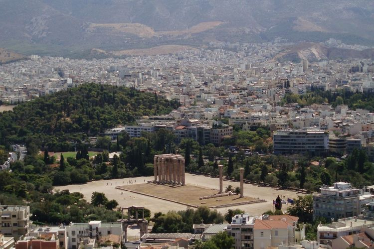 The old and the new Athens Atene Greece Grecia History Ancient Columns Architecture Landscape City Greek Panorama The Great Outdoors With Adobe The Architect - 2016 EyeEm Awards Envision The Future A Bird's Eye View TakeoverContrast Adapted To The City
