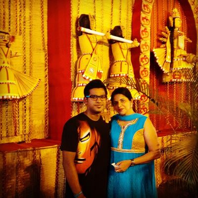 Mee with my beautiful Mommy!! 😍😍 Durga Puja Special Pic My Ironman Wala T -Shirt 😎 In Love with this Pic!! 😊
