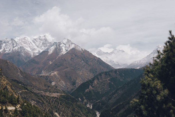 EBC Trek 2018 - views of the Kumbu Valley and Mount Everest on the horizon. Himalayas Khumbu The Week on EyeEm Beauty In Nature Cloud - Sky Day Environment Everest Land Landscape Mountain Mountain Peak Mountain Range Nature No People Outdoors Range Scenics - Nature Sky Snow Tranquil Scene Tranquility Travel Valley