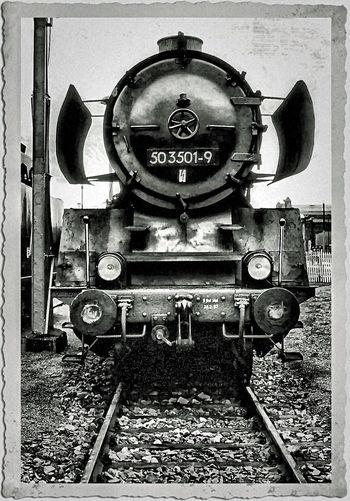 steam locomotive steamtrain front view blackandwhite BR 050