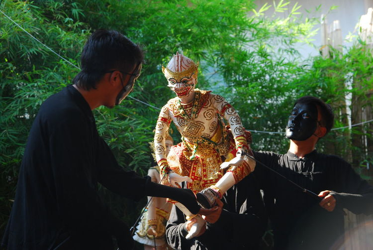 Togetherness Adult People Mature Adult Adults Only Men Two People Outdoors Friendship Only Men Males  Happiness Day Tree Puppet Show Marionette Thai Puppet Show Hanuman