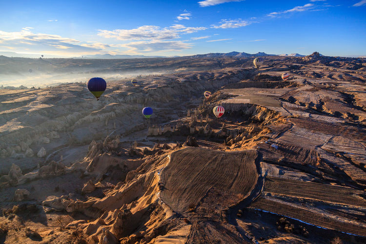 Colorful Flying Göreme Hot Air Balloon Morning Light Morning Sky Sky Sun Sunrise Tourism Travel Travel Destinations Turkey