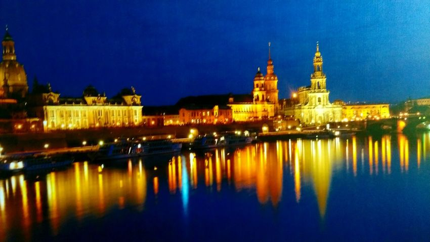 Goodnight Water Reflections Hello World Eye4photography  Ilovephotography The Week Of Eyeem Relaxing Tadaa Community Showcase August 43 Golden Moments EyeEm Best Shots Dresden♡ River View Elbe Labe Nihgt