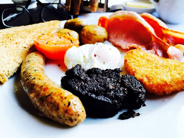 Full Cumbrian breakfast with black pudding
