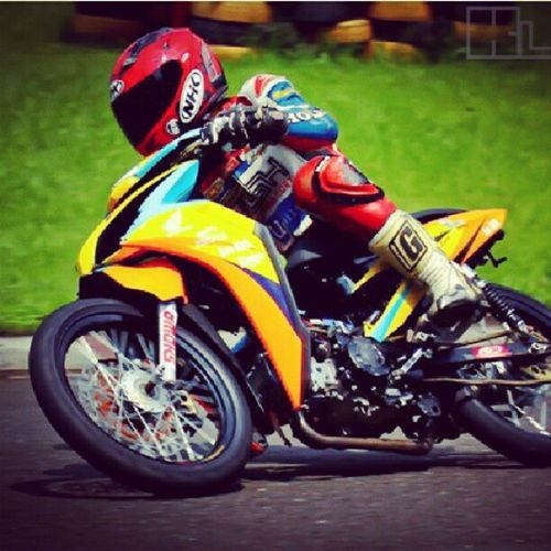 manuver Racing Racingline Indoprix Motorcycle roadrace honda instagram indonesia